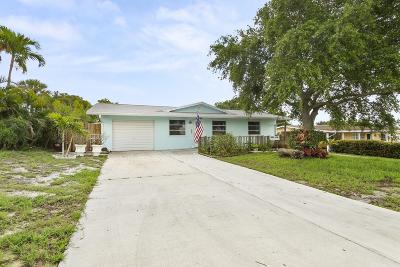 Jensen Beach Single Family Home For Sale: 3433 NE Sandra Drive