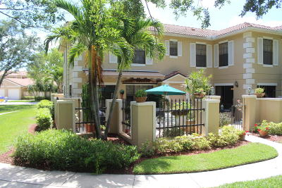 Palm Beach Gardens Townhouse For Sale: 387 Prestwick Lane #4