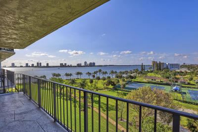 Lake Park Condo For Sale: 801 Lake Shore Drive #719