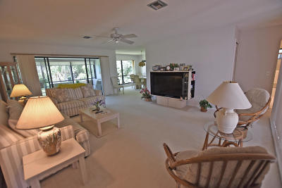 Boynton Beach Condo For Sale: 3878 Quail Ridge Drive #Blue Her