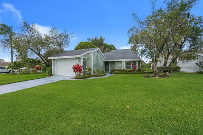 West Palm Beach Single Family Home For Sale: 6685 S Pine Court