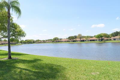 Boca Raton Single Family Home For Sale: 8339 Sunmeadow Lane