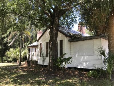Fort Pierce Single Family Home For Sale: 5704 Citrus Avenue