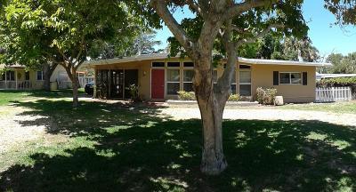 Jensen Beach Single Family Home For Sale: 2211 NE Pelican Terrace