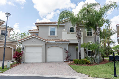 West Palm Beach Single Family Home For Sale: 6493 Paradise Cove