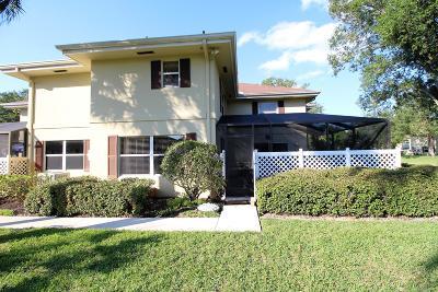 Royal Palm Beach Townhouse For Sale: 36 Danbury Court #C