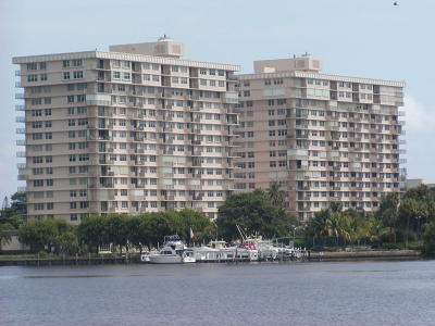 Boca Towers Condo For Sale: 2121 Ocean Boulevard #1604w
