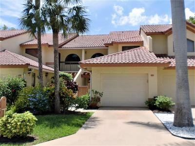 Delray Beach Townhouse For Sale: 5294 10th Fairway Drive #3