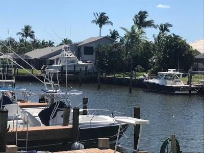 Hobe Sound Single Family Home Contingent: 9160 SE Yacht Club Circle