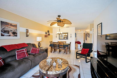 Boca Raton Single Family Home For Sale: 8645 Bella Vista Drive