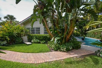 West Palm Beach Single Family Home For Sale: 237 Dyer Road
