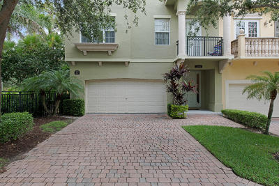 Palm Beach Gardens Townhouse Contingent: 2786 Ravella Way