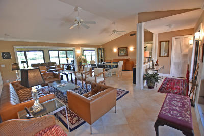 Boynton Beach Single Family Home For Sale: 10520 Seaholly Terrace
