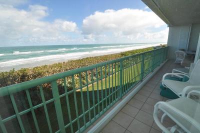 Jensen Beach Condo For Sale: 8650 S Ocean S Drive #Ln4