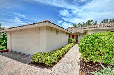 Boynton Beach Single Family Home For Sale: 20 Woods Lane