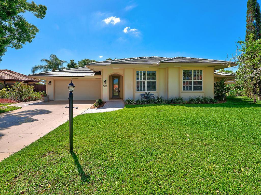 Listing: 1053 Shady Lakes Circle S, Palm Beach Gardens, FL.| MLS# RX ...