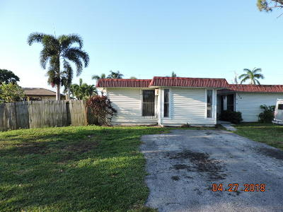 Lake Worth Single Family Home For Sale: 115 W Mango Road