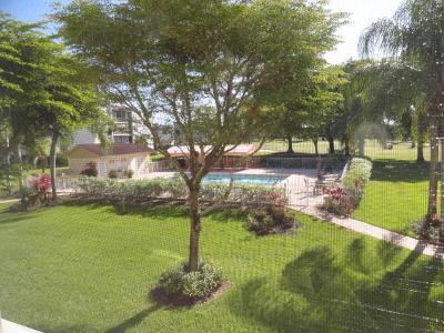 Lake Worth Condo For Sale: 3286 Arcara Way #208