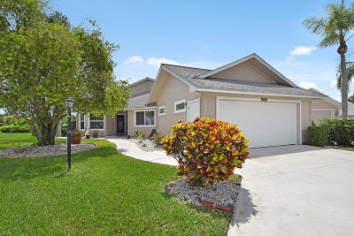 Hobe Sound Single Family Home Contingent: 7102 SE Quincy Terrace