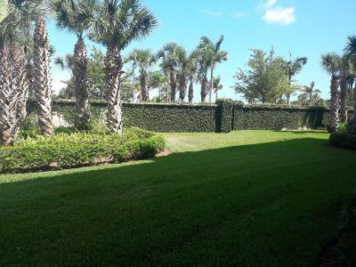Fort Pierce Condo For Sale: 36 Harbour Isle Drive W #102