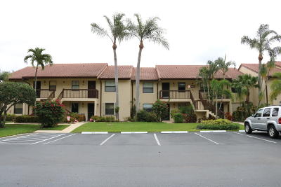 Lake Worth Condo For Sale: 4626 Lucerne Lakes Boulevard #205