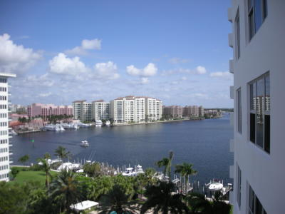 Boca Raton Condo For Sale: 875 E Camino Real #9-F