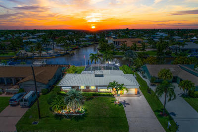 Palm City Single Family Home Contingent: 1389 SW Dyer Point Road