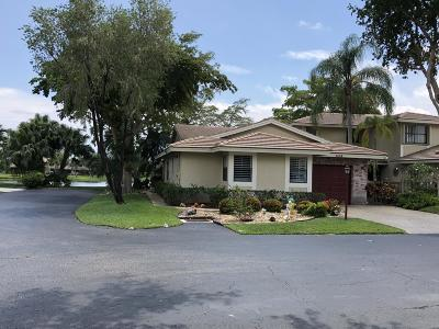 Deerfield Beach Single Family Home For Sale: 432 S Deer Creek Lake Point Lane