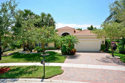 Lake Worth Single Family Home For Sale: 8683 Tierra Lago Cove