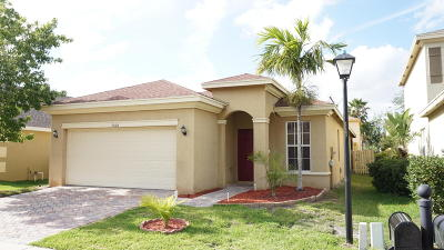 Fort Pierce Single Family Home For Sale: 9406 Windrift Circle