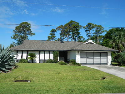 Fort Pierce Single Family Home For Sale: 5211 Indian Bend Lane