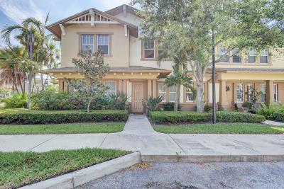 West Palm Beach Condo For Sale: 661 Corte Madera Lane #2