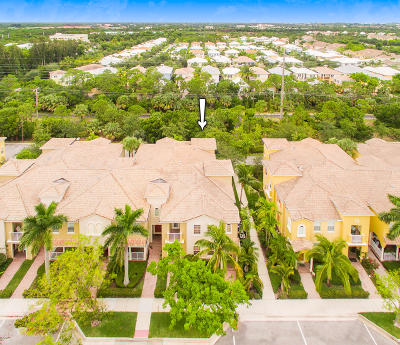 Jupiter Condo For Sale: 135 Seagrape Drive #201