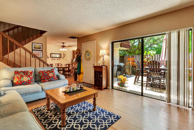 Palm Beach Gardens Townhouse For Sale: 1819 18th Lane #1819