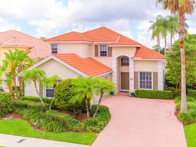 West Palm Beach Single Family Home For Sale: 8256 Heritage Club Drive