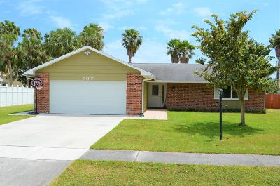 Jupiter Single Family Home For Sale: 707 Weldwood Road