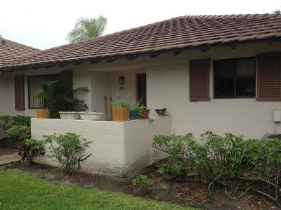 Palm Beach Gardens FL Townhouse For Sale: $249,000