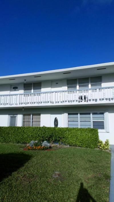 West Palm Beach Condo For Sale: 346 Norwich O