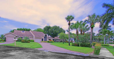Lake Worth Single Family Home For Sale: 6907 Fountains Circle
