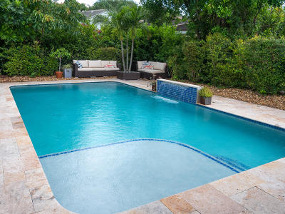 Delray Beach Single Family Home For Sale: 3855 Majestic Palm Way