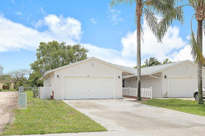 Royal Palm Beach Single Family Home Contingent: 136 Sparrow Drive #A