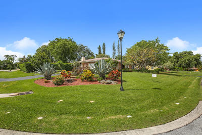 Atlantis Single Family Home Contingent: 441 Country Club Drive
