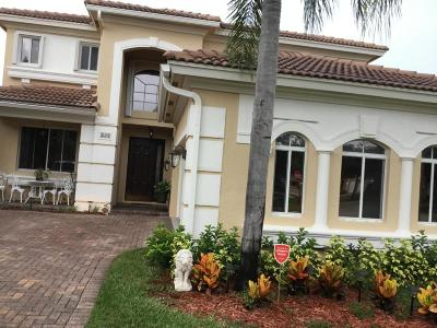West Palm Beach Single Family Home For Sale: 825 Triana Street