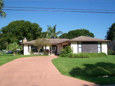 Fort Pierce Single Family Home For Sale: 4715 Myrtle Drive