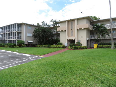 Lake Worth Condo For Sale: 2562 Garden Drive #107