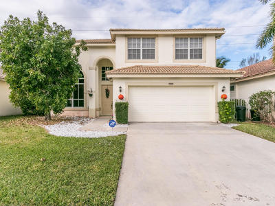 Boynton Beach Single Family Home For Sale: 7595 Colony Lake Drive