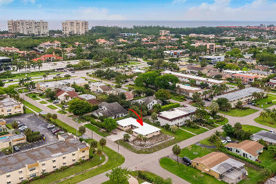 Boca Raton FL Multi Family Home For Sale: $549,000
