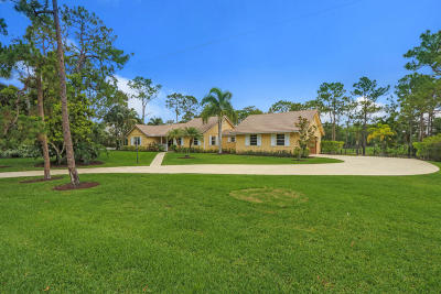 Jupiter Single Family Home For Sale: 1392 Colony Way SE