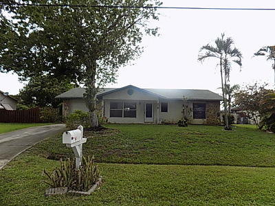 Port Saint Lucie Single Family Home For Sale: 741 SW Aster Road