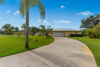 Port Saint Lucie Single Family Home For Sale: 1091 NW Bayshore Boulevard
